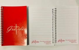 Caderneta com pauta ,palavra GRATIDÃO (rosa)